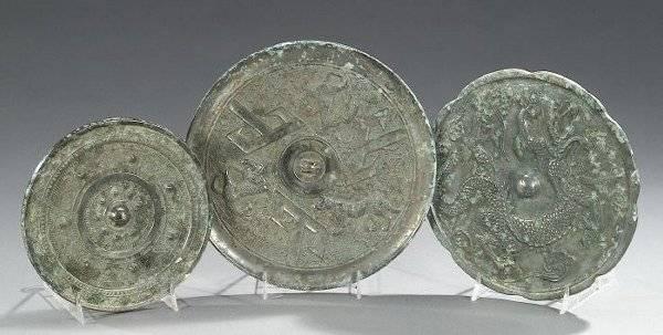 THREE CHINESE BRONZE MIRRORS, Qing dynas