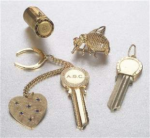 A GROUP OF 14K YELLOW GOLD JEWELRY. Incl