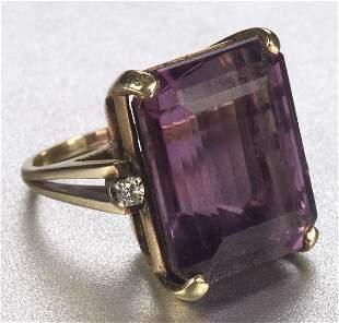 A 14K YELLOW GOLD, AMETHYST AND DIAMOND