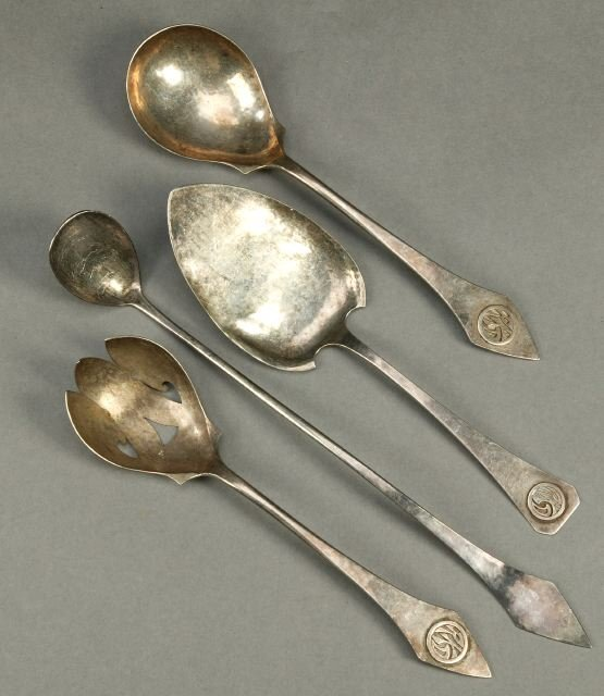 9: THREE T.C. SHOP STERLING SERVING PIECES, s