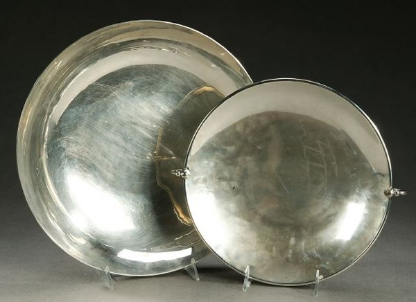 17: TWO LATIN AMERICAN SILVER LOW BOWLS, 20th