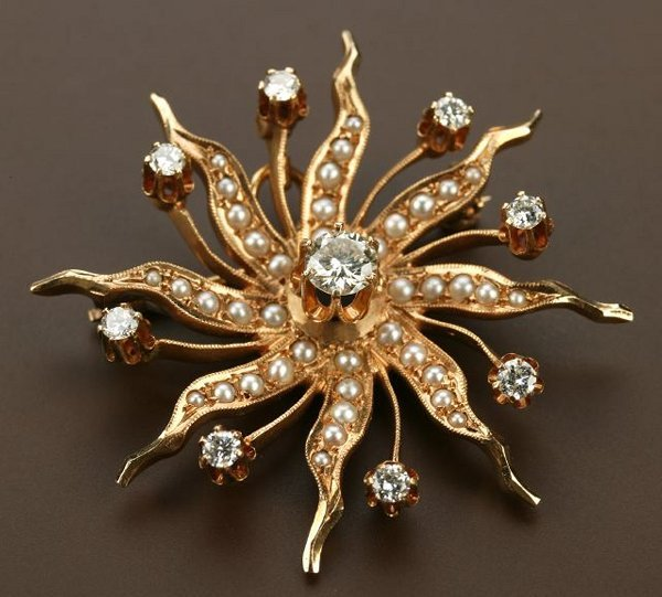 720: A VICTORIAN 14K YELLOW GOLD, SEED PEARL