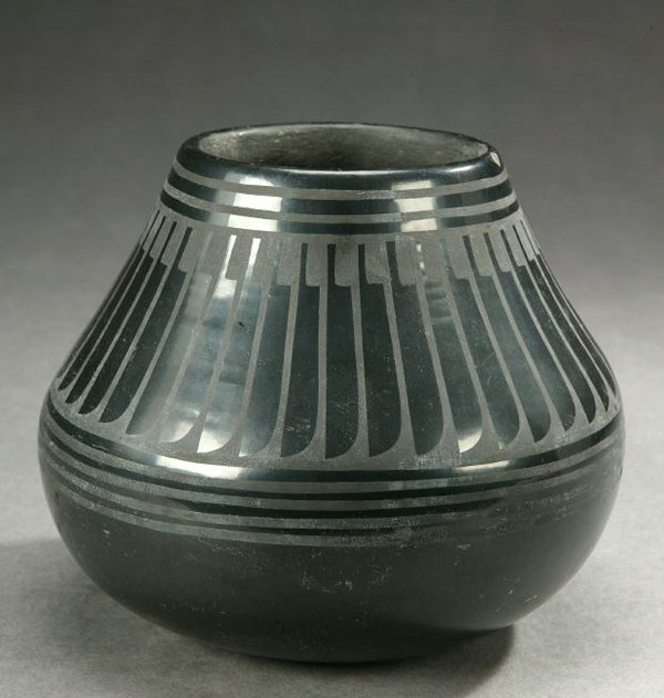 19: A NATIVE AMERICAN BLACK-WARE PAINTED VASE, signed b