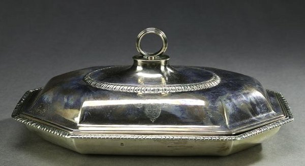 745: A GEORGE III SILVER COVERED ENTREE DISH, by John H