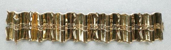 1264: A VICTORIAN 14K YELLOW GOLD BRACELET.