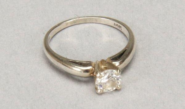 1010: DIAMOND RING.