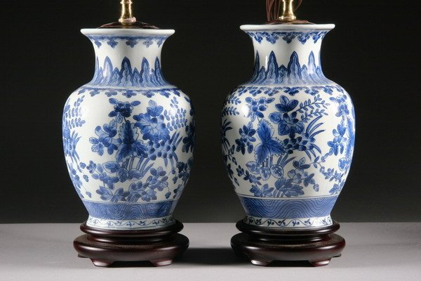 4: PAIR CHINESE BLUE AND WHITE PORCELAIN VASES. - 10 1/