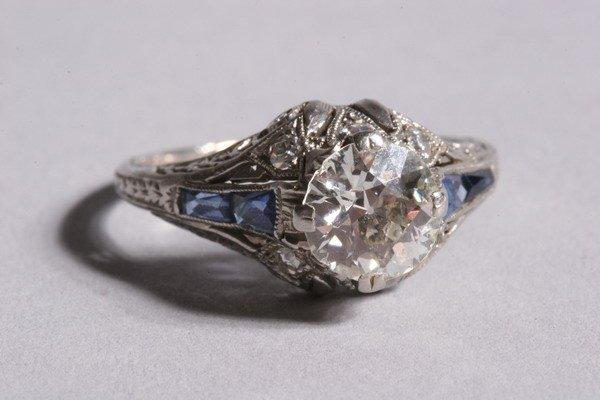 305: EDWARDIAN DIAMOND RING.