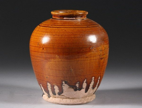 3: CHINESE AMBER LEAD-GLAZED EARTHENWARE JAR, Tang dyna