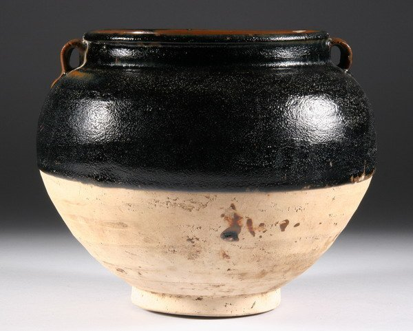 5: CHINESE BLACK GLAZED STONEWARE JAR, Song dynasty. -