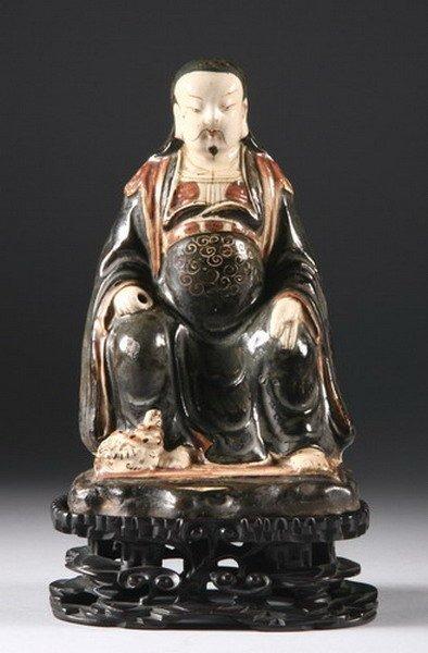 10: CHINESE CIZHOU STONEWARE FIGURE OF DIGNITARY, Yuan