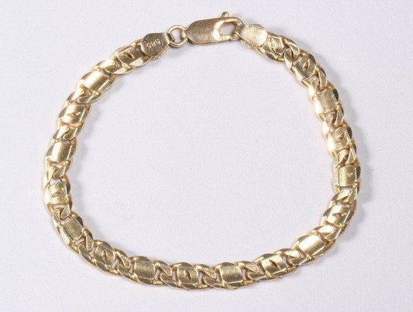 1019: 14K YELLOW GOLD BRACELET.