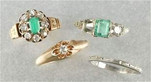 A COLLECTION OF LADIES RINGS.