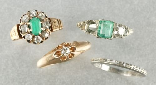 605: A COLLECTION OF LADIES RINGS.