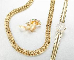 A COLLECTION OF 14K YELLOW GOLD JEWELRY.