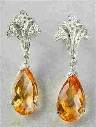 A PAIR OF 18K WHITE GOLD, CITRINE AND DIAMOND EARP