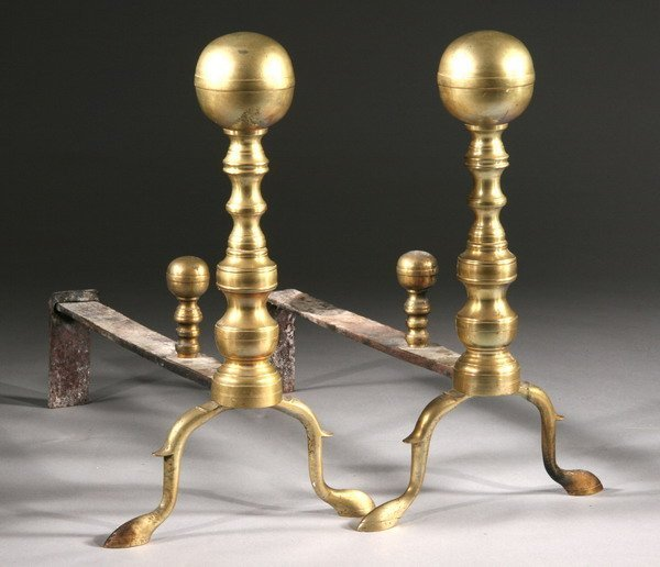 1084: PAIR AMERICAN BRASS CANNONBALL-TOP ANDIRONS, earl
