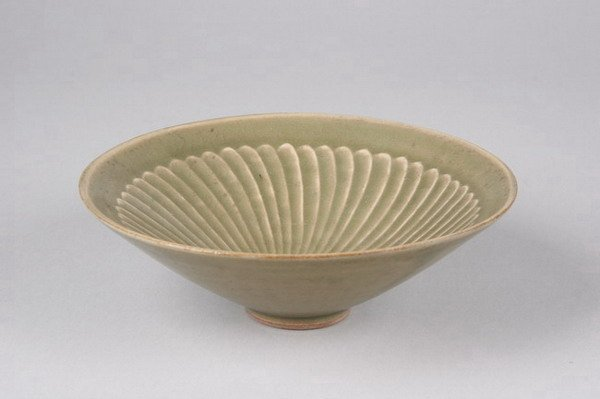 6: CHINESE YAOZHOU PORCELAIN BOWL, Song dynasty. - 6 in
