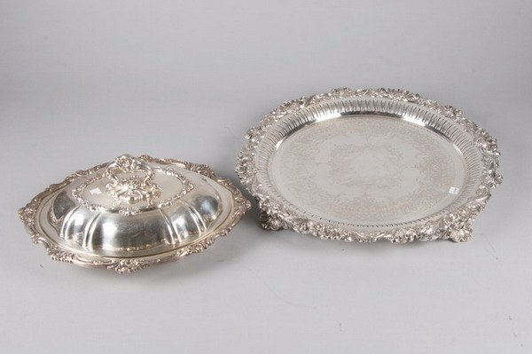 766: GROUP SILVER PLATED ITEMS. - 16 in. diam., plateau