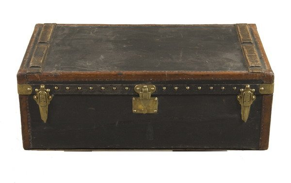 940: LOUIS VUITTON AUTOMOBILE TRUNK. Late 19th/Early 20