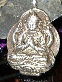 2: Silver Avlokitshvara pendent with 4 arms Kuan Yin