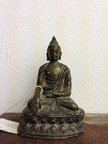 21: Shakyamuni buddha in gilt bronze circa Ming dynasty
