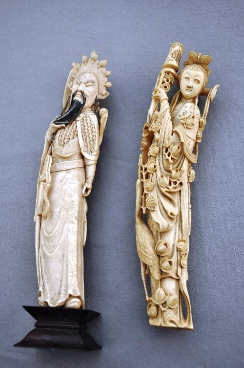 A carved Chinese Qing dynasty carved ivory of hero Guan