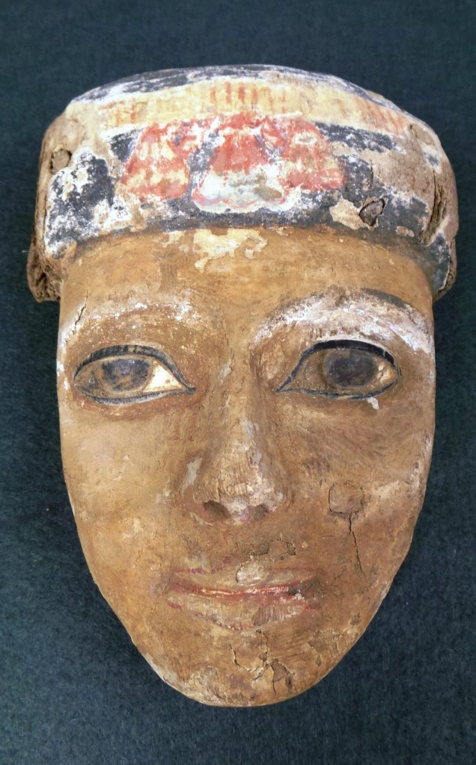 An Egyptian antiquity wooden painted mask with W 14 H 1