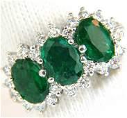 3.47ct 18Kt Natural Vivid Green Emeralds Diamond Ring