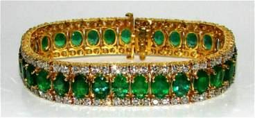 32CT NATURAL VIVID GREEN EMERALD DIAMOND BRACELET G/VS