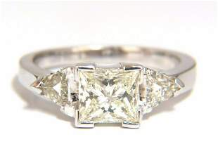 1.63ct Natural Princess cut diamond ring 14kt.