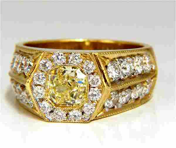 GIA Certified 2.95ct natural Fancy Yellow diamonds mens