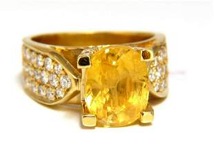 7.06ct Natural yellow sapphire ring 18kt. Raised Bead S