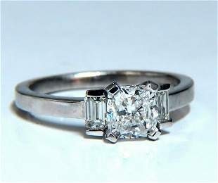 GIA Certified 1.01ct. Cushion cut diamond ring Platinum