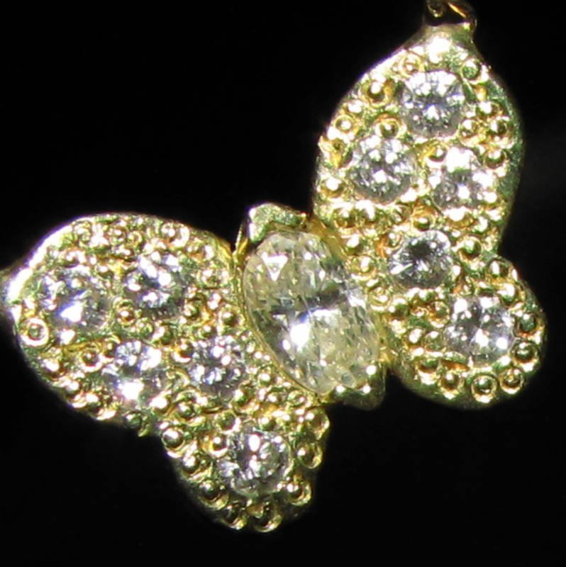 .30CT DIAMOND BUTTERFLY NECKLACE 14KT