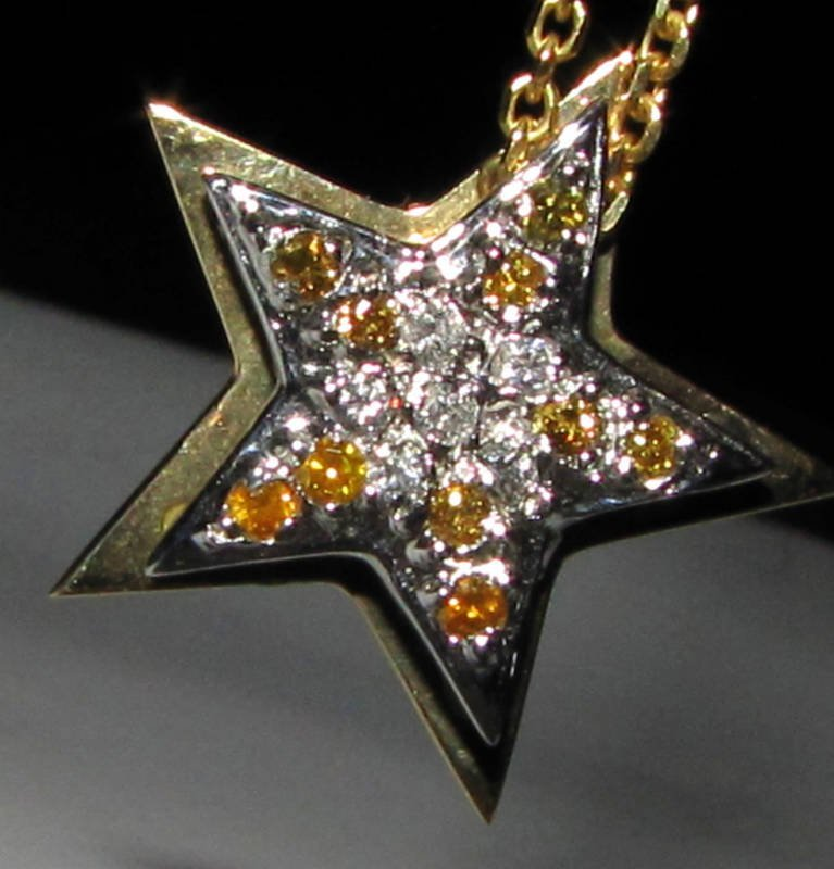 .50CT WHITE & FANCY YELLOW DIAMOND PENDANT 14KT