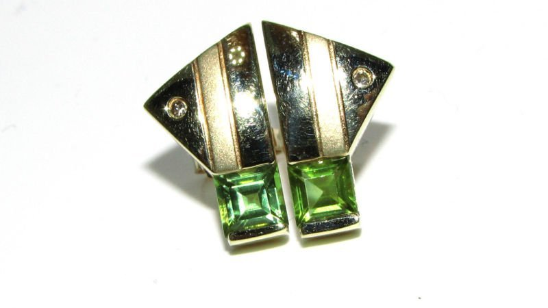 2.05CT NATURAL PERIDOT DIAMOND EARRINGS 14KT