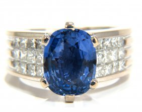 Gia Certified 5.52ct Natural Cornflower Blue Sapphire