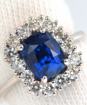 3.89ct 18kt No Heat Natural Sapphire Diamond Ring