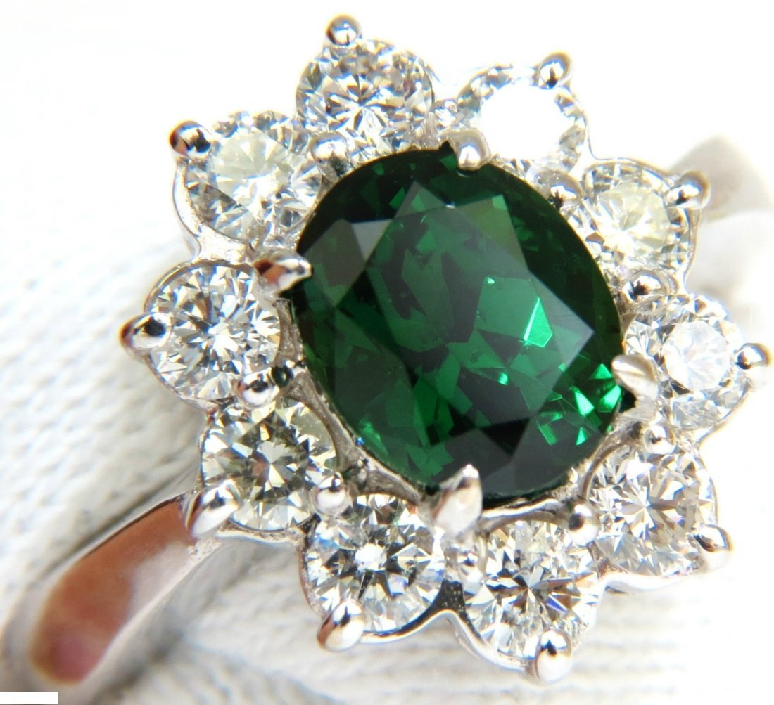 3.83CT NATURAL TOP GEM GREEN TSAVORITE DIAMOND RING A+