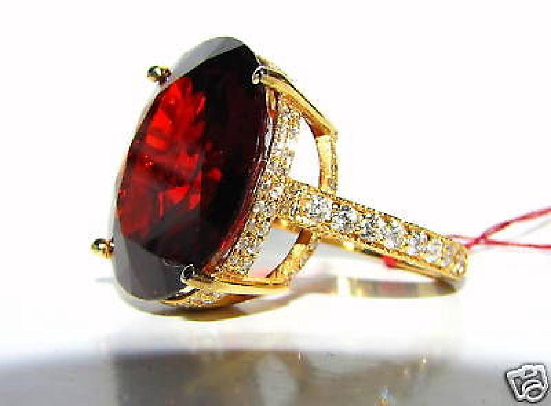 NATURAL 35.75CT VIVID RED SPESSARTITE DIAMOND RING