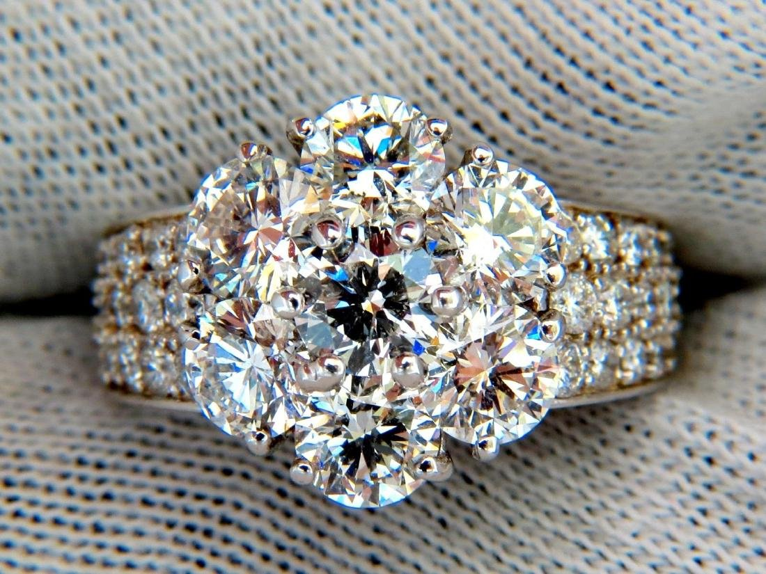 4.56 NATURAL DIAMONDS CLUSTER RING G COLOR VS2 18KT AAA