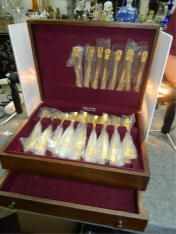 192: Set of Golden Lifetime Cutlery - 4