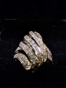 1 ct. genuine diamond estate ring