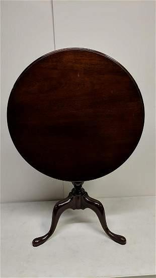 Mahogany Tilt Top Center lamp table