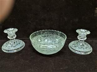 pieces of vintage Sandwick glass