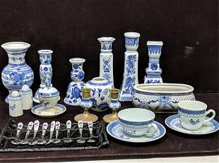 15 Assorted blue and white china and 9 spoons