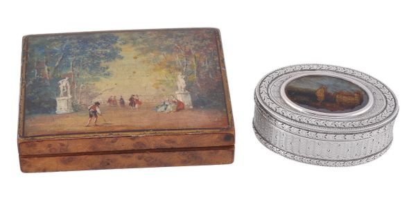 A French silver oval pocket box,  maker's mark 'DD