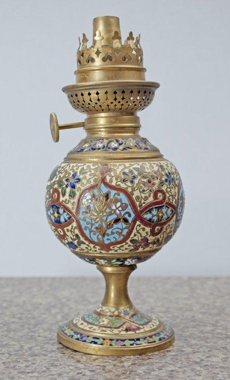"French Cloisonne Lamp. (no globe), 7,5"" x 3"""