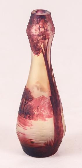 Devez Scenic Cameo Glass Vase
